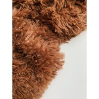 Пушистый плед коричневый