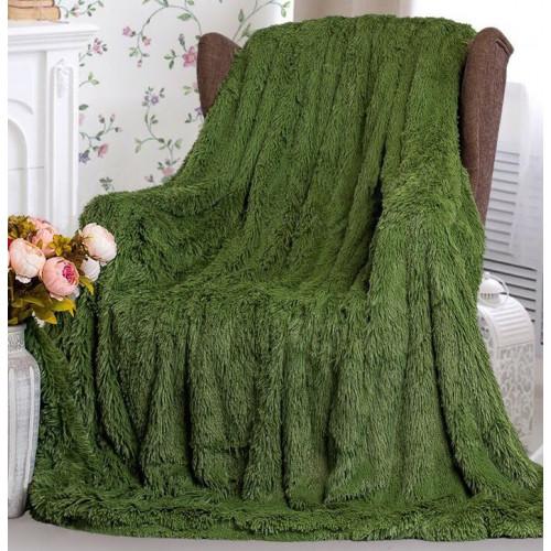 Пушистый плед зеленый